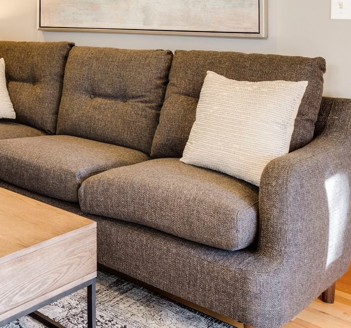Как очистить обивку мебели от пятен? - Greencleaning.by
